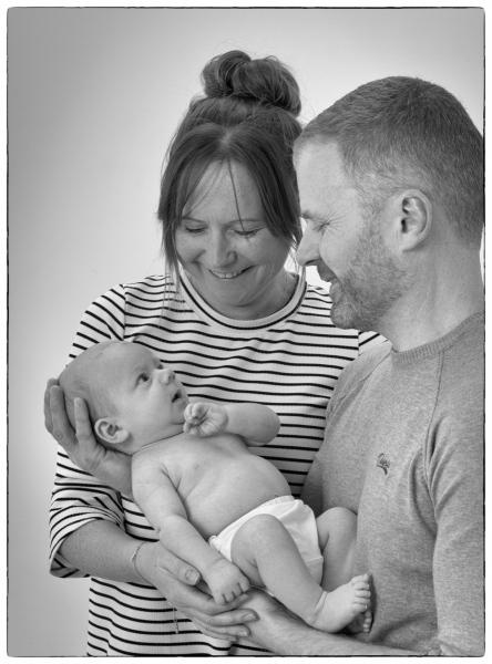 newborn-family