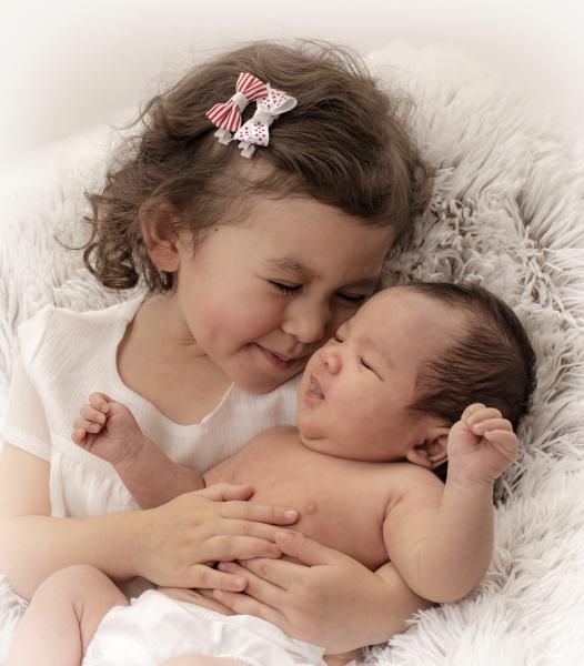newborn-sibling